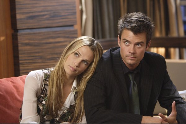 IMG/jpg_JOSH_DUHAMEL_AND_Molly_Sim.jpg